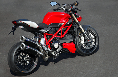 ducati streetfighter 848 tourenfahrer online. Black Bedroom Furniture Sets. Home Design Ideas