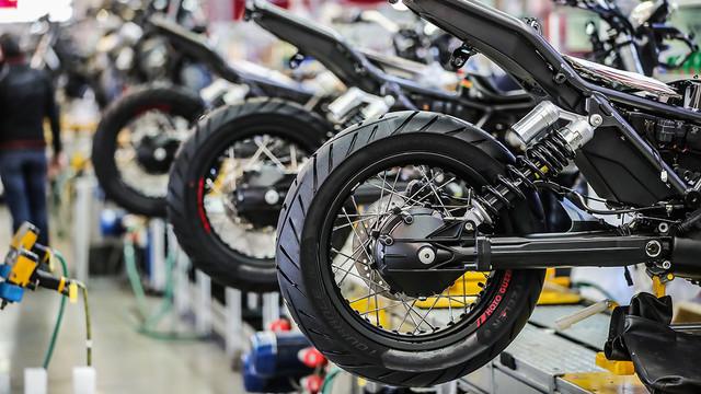 Moto Guzzi V 85 TT Rückruf wegen undichtem Kardan