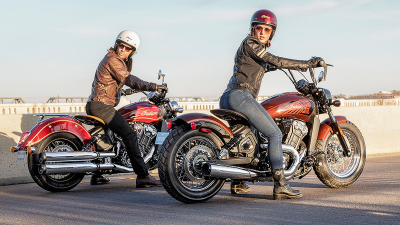 Die Sondermodelle Indian Scout 100th Anniversary und Indian Scout Bobber Twenty