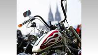 Zweirad-Auflauf in der Dom-Stadt