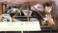 Originalverpackte MZ ETZ 250 im Motorradmuseum auf Schloss Augustusburg