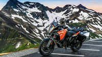 KTM 1290 Super  Adventure S / Suzuki GSX-S 750