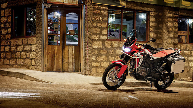 Herbstaktion Honda Africa Twin
