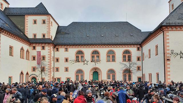 Motorrad-Wintertreffen in Schloss Augustusburg