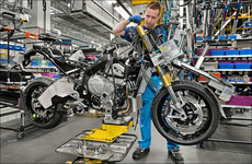 Produktion BMW S 1000 XR in Berlin Spandau