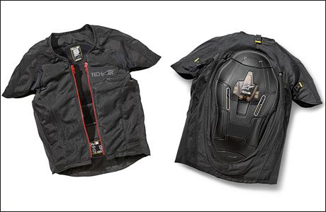 bmw bringt airbag weste tourenfahrer. Black Bedroom Furniture Sets. Home Design Ideas
