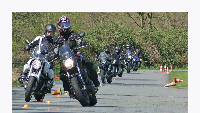 ifz – Online-Übersicht für Motorradtrainings